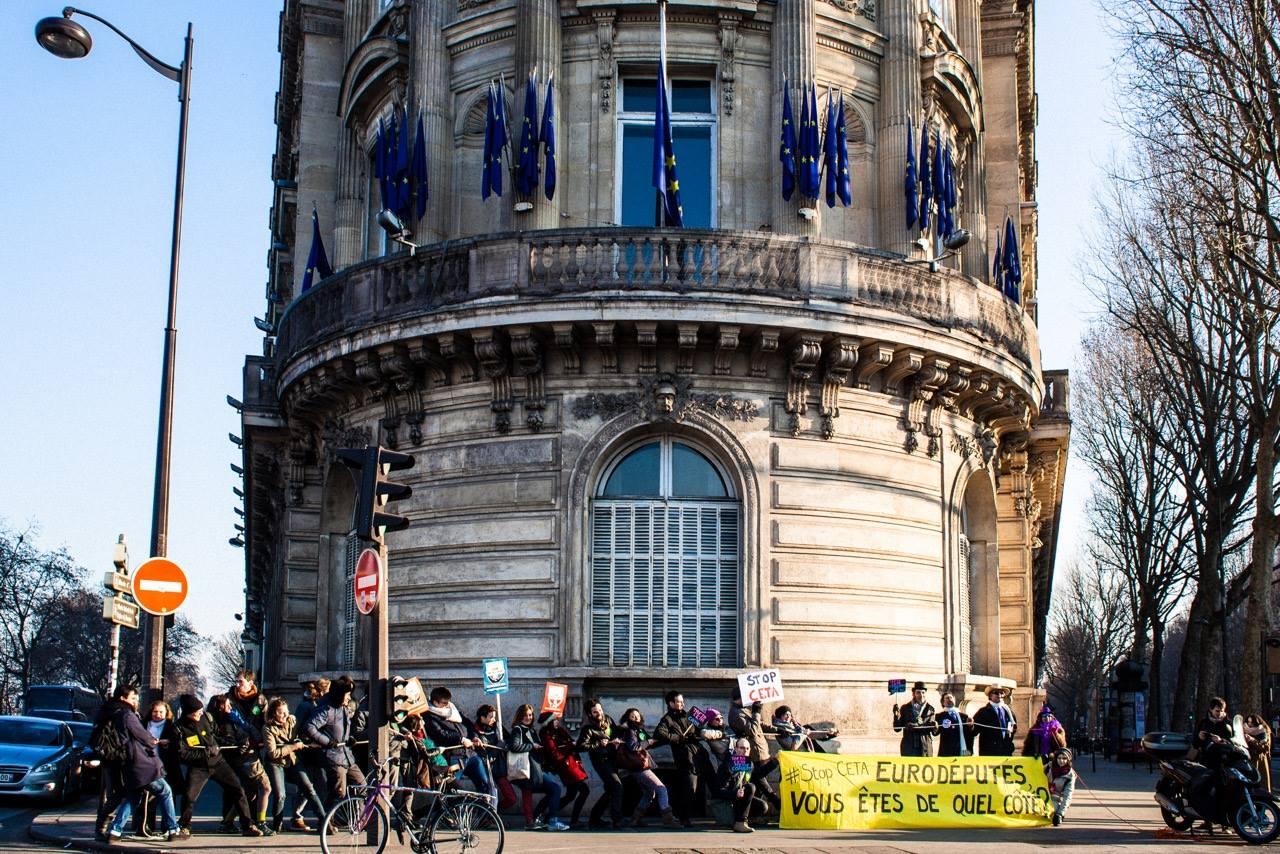 L europe mobilis e contre le trait de libre change ue - Bureau de change international strasbourg ...